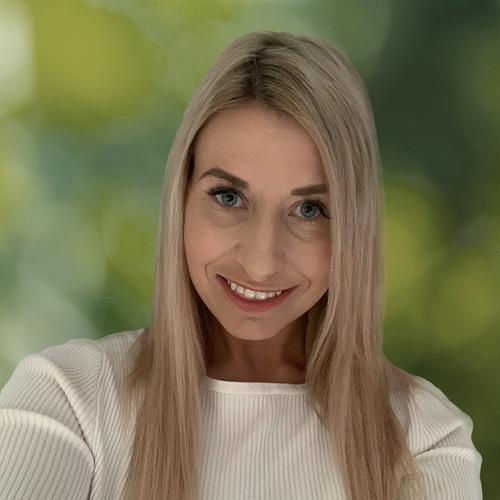Claire Lashbrook